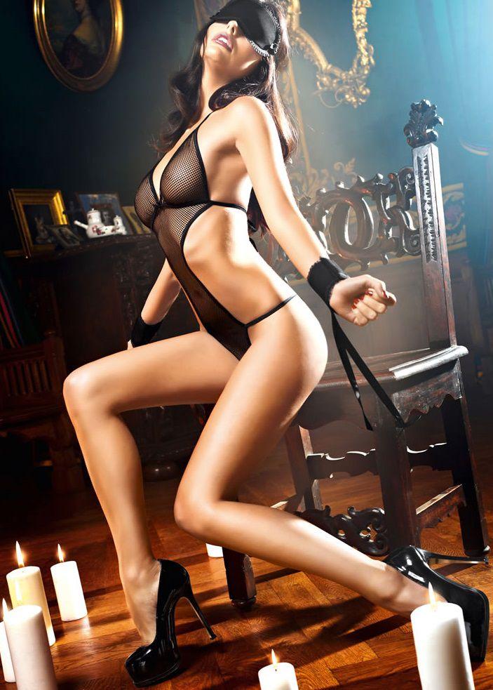 eroticheskie-kostyumi-bolshih